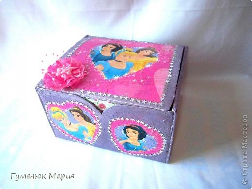 Всем привет! Есть время показать работы. Это заказ одной маленькой девочки по имени Софийка. Для маленькой Принцессы - на бантики, резинки, ленточки:)) фото 1