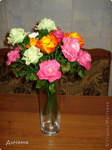 """сама в шоке,лепила,лепила,а когда собрала """"всех"""" в одну вазу была приятно удивлена таким пышным букетом)))) фото 1"""