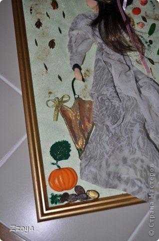 Работа размера А 4 ,использованы: ткань,на платье,зонт,кожа на шляпу, волосы отрезали прядь от парика,фрукты ,овощи,лицо,рука  из запекаемой пластики.Дорисовка краси акриловые.  фото 4