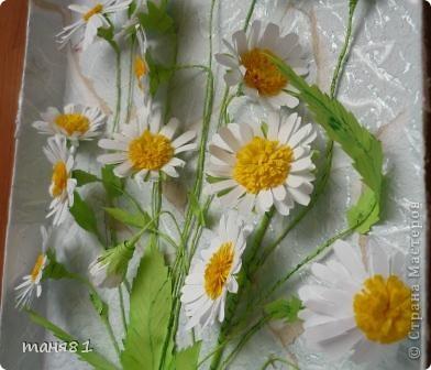 Вот такие у меня расцвели ромашки. Картину делала еще в начале лета, в подарок. Спасибо всем мастерицам у которых я подглядывала как ромашечки делать. фото 4