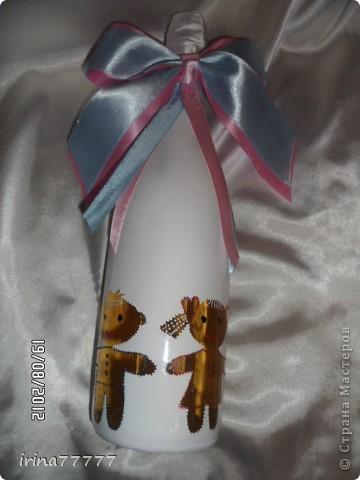 Еще одна бутылочка на рождение девочки(по заказу родственницы). Использовала истонченную открытку для декупажа. фото 3