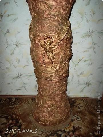 Вот так смотрится моя новая напольная ваза и картина с цветами из кожи фото 8