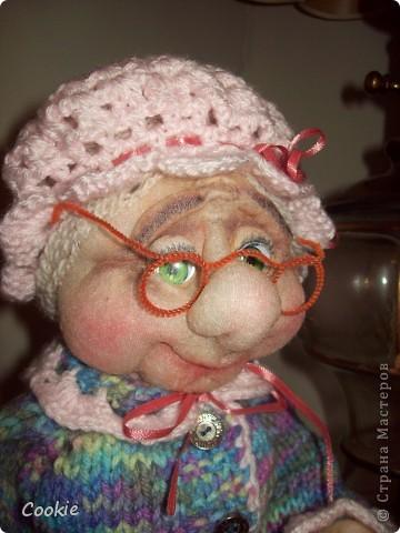 Знакомьтесь, моя новая бабуля. фото 2