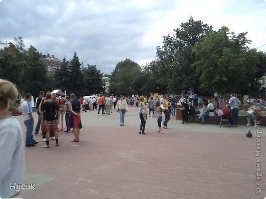 18 августа в Нижнем Новгороде у речного вокзала собирался народ да не просто так, а на Ярмарку. Были тут мастера, подмастерья  с городов разных. Приехали купцы молодцы да девицы красавицы на других посмотреть и себя показать.  фото 2