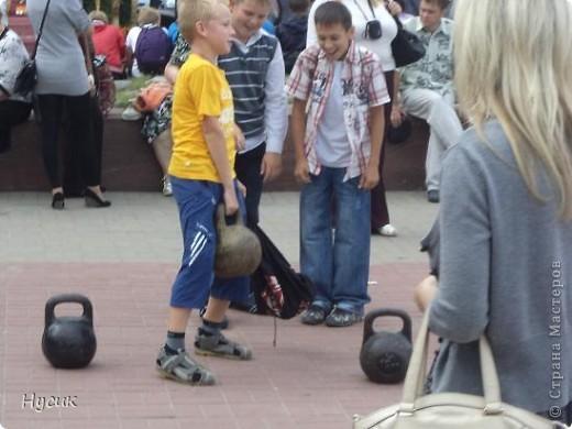 18 августа в Нижнем Новгороде у речного вокзала собирался народ да не просто так, а на Ярмарку. Были тут мастера, подмастерья  с городов разных. Приехали купцы молодцы да девицы красавицы на других посмотреть и себя показать.  фото 41