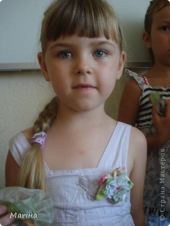 Всем здравствуйте! К предыдущим комплектам украшений сделали с девочками вот такие резиночки для волос. фото 5