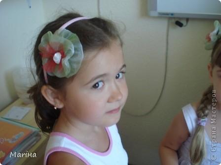 Всем здравствуйте! К предыдущим комплектам украшений сделали с девочками вот такие резиночки для волос. фото 6