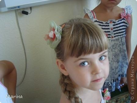 Всем здравствуйте! К предыдущим комплектам украшений сделали с девочками вот такие резиночки для волос. фото 7