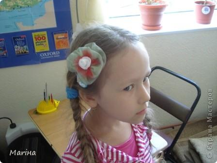 Всем здравствуйте! К предыдущим комплектам украшений сделали с девочками вот такие резиночки для волос. фото 8