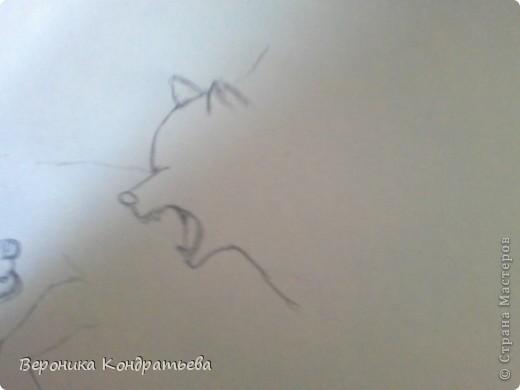 Попробуем нарисовать вот таких волков гуашью?  У меня это первый эксперимент, не судите строго...) В этой картине я немного поиграю с положением хвостов, ну и немного лап.) фото 5