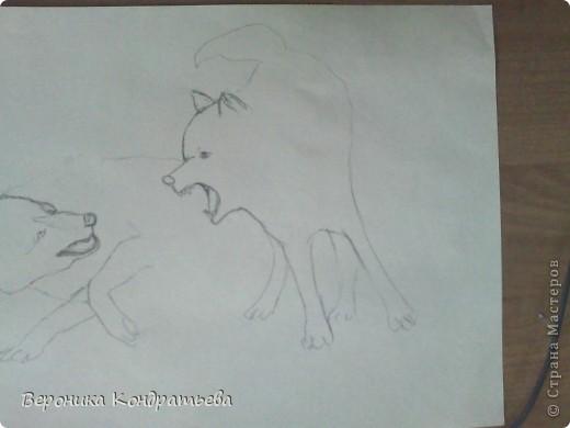 Попробуем нарисовать вот таких волков гуашью?  У меня это первый эксперимент, не судите строго...) В этой картине я немного поиграю с положением хвостов, ну и немного лап.) фото 6