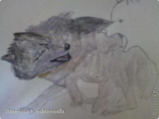 Попробуем нарисовать вот таких волков гуашью?  У меня это первый эксперимент, не судите строго...) В этой картине я немного поиграю с положением хвостов, ну и немного лап.) фото 16