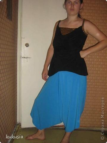 Сшила себе платье - трансформер Emami. Шьется очень легко , осилит даже начинающая портниха . выкройку взяла в итернете , просто в поисковике набрала емами ... фото 2