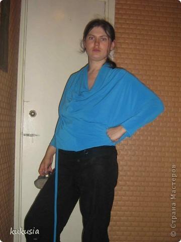 Сшила себе платье - трансформер Emami. Шьется очень легко , осилит даже начинающая портниха . выкройку взяла в итернете , просто в поисковике набрала емами ... фото 7