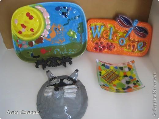 """Делюсь позитиффчиком - поделками моей 8-летки, сделанными в летнем арт-кемпе (летние занятия искусством). Эта вазочка """"Черепашка"""" - моя любимая из ее работ. Стекло, мозаика, фьюзинг. Нравится и сама черепаха, и подобранные цвета. фото 4"""