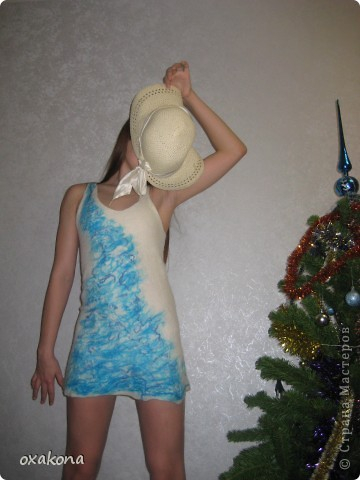 Туника из австралийского мериноса, украшена ленточной вискозой. фото 1