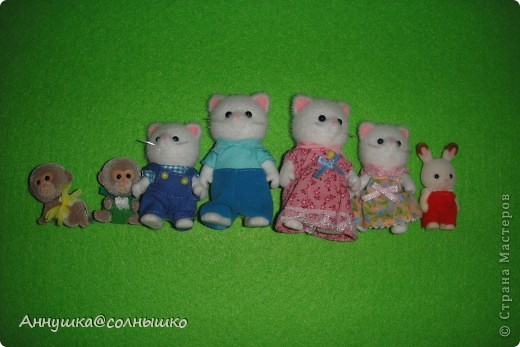 Моя коллекция Sylvanian Families. Все началось с малыша зайчика.Потом стало всё больше и  больше и  сейчас у меня 46   (на фото не все)    фото 4