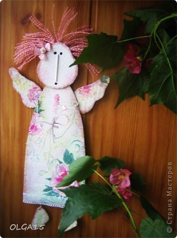 Ангелочки из упаковочного картона. Ручки  из проволоки. фото 1