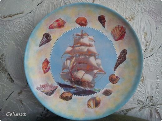 Привет, Страна!!!! Покажу новые тарелочки. Керамическая тарелочка, салфетка, 3д гель ( на ракушках), контур. фото 1