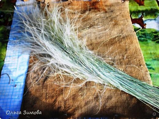 Это панно выполнено полностью из природного материала.Процесс изготовления очень простой. Главное иметь заготовки сухих трав, цветов.А там, каждый включает фантазию и понеслось...... фото 9