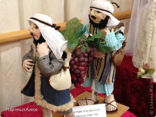 Привет, Страна! С 16-го по 19-е августа в Хайфе проходила всеизраильская выставка кукол ручной работы. Темой выставки был назван виноград и напитки из него:) Для начала - вот Вам Вакх, выбранный символом выставки. фото 4