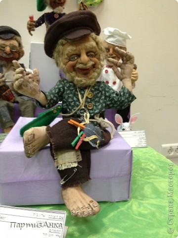 Привет, Страна! С 16-го по 19-е августа в Хайфе проходила всеизраильская выставка кукол ручной работы. Темой выставки был назван виноград и напитки из него:) Для начала - вот Вам Вакх, выбранный символом выставки. фото 17