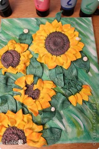Приветствую всех, кто ко мне заглянул.  Очень понравилось лепить  Цветки тепла и солнца.  Это вторые подсолнухи и думаю прогресс есть :)))  фото 4
