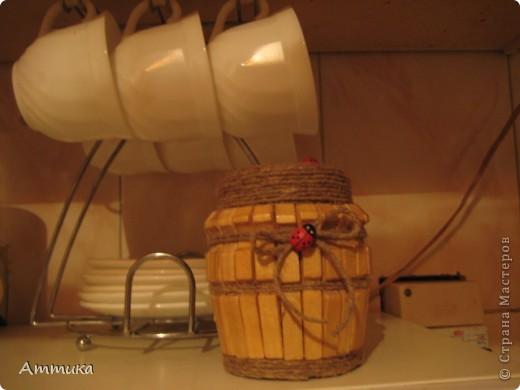 Захотелось украсить кухню, в результате появилась вот такая баночка, я в ней храню специи. фото 1