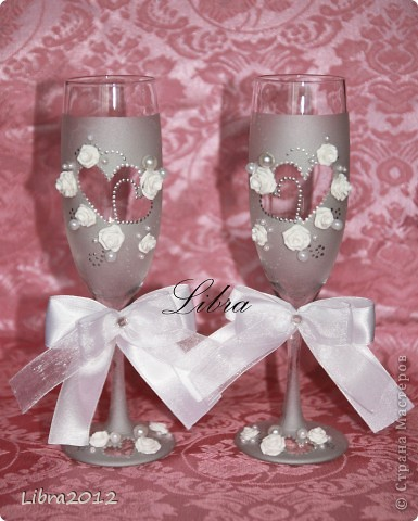 По МК Олеси Ф., за что ей огромное спасибо, сделала в подарок свадебные бокалы,и  вот что у меня получилось.  Сами бокалы фото 1