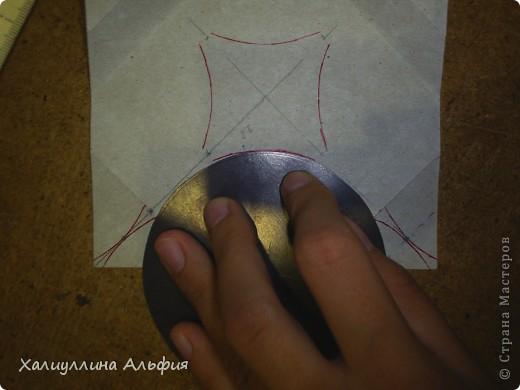 Совсем недавно, в своем блоге я публиковала мастер-класс по изготовлению подобной модели того же автора под названием Jump. Но шарик был открытый (с отверстиями). Этот, как вы видите, полностью закрыт. фото 20