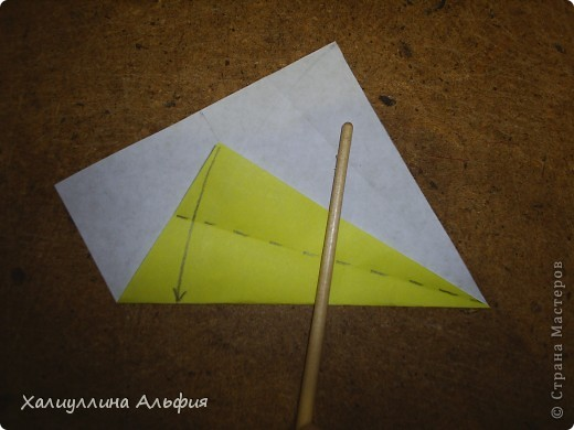 Предлагаю Вашему вниманию мастер класс по изготовлению звезды эйфеля, автором которой является уже не раз упомянутый в моих предыдущих публикациях  немецкий оригами-дизайнер Ганс Вернер-Гут. Она ОЧЕНЬ легка в сборке! Предлагаю и Вам убедиться в этом) фото 5