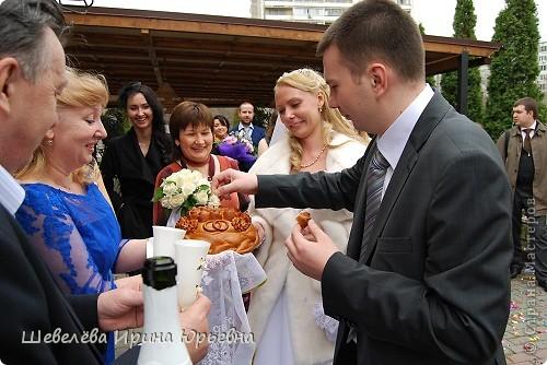 Вот и меня не избежала эта  участь стать тёщей… Свадьба прошла ещё в конце апреля, а я только собралась с мыслями и могу показать кое-что из того, что сделала для своей любимой принцессы.  фото 9