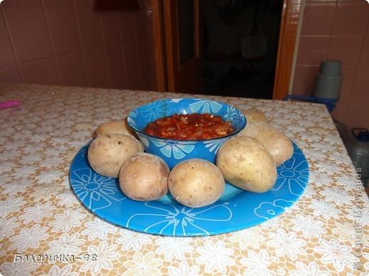Сегодня я расскажу вам, как приготовить очень вкусное испанское блюдо, и называется оно не начос и не гаспачо, а Папас Арругадас с соусом Сальса фото 8