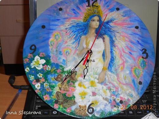 Часы сделала ко дню рождения подруги...она по знакам Зодиака Дева, вот часы специально для нее фото 1