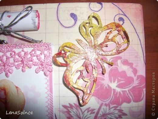 Мне очень нравится)) Картинка на кармашке - вырезка из открытки, а сам кармашек из подложки от наклеек)) фото 2