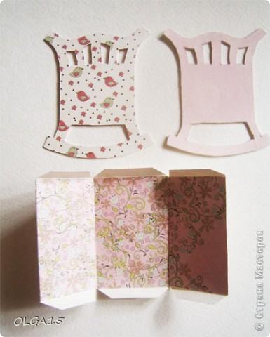 Кроватка из картона и бумаги для скрапбукинга. Высота 9 см., длинна 8 см. фото 2