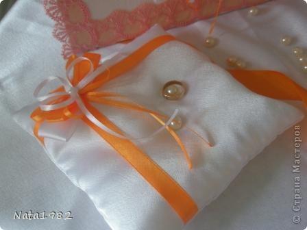 Набор делался быстро. По заказу клиента - только ленты. Сочетание белого и оранжевого.  фото 3
