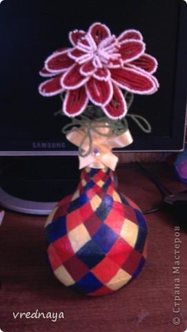 Поделка изделие Бисероплетение Ваза и цветочек из бисера Бисер Бутылки стеклянные фото 1.