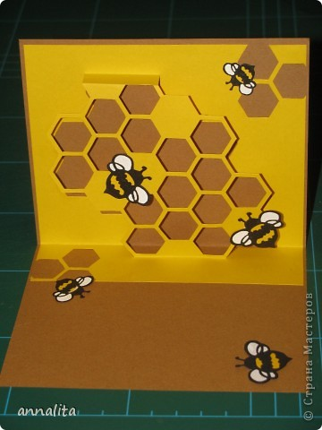 Вот такая пчелиная открыточка у меня сотворилась на днях.  Внутренняя часть - любимая мною техника pop-up. фото 6