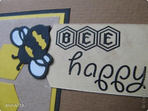 Вот такая пчелиная открыточка у меня сотворилась на днях.  Внутренняя часть - любимая мною техника pop-up. фото 4