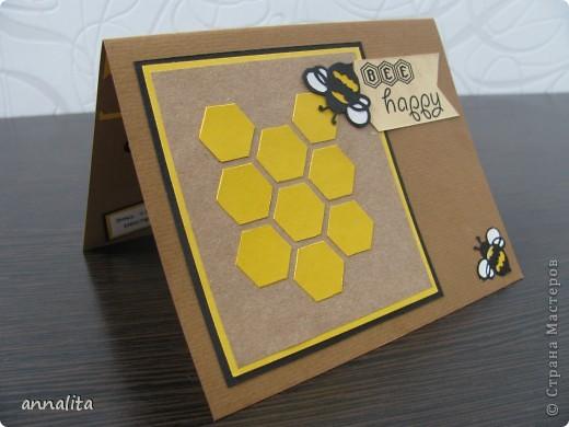 Вот такая пчелиная открыточка у меня сотворилась на днях.  Внутренняя часть - любимая мною техника pop-up. фото 2