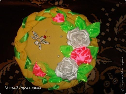 Картина панно рисунок Цумами Канзаши Рози из ткани Бисер Бусинки Клей Нитки Проволока Ткань фото 1.