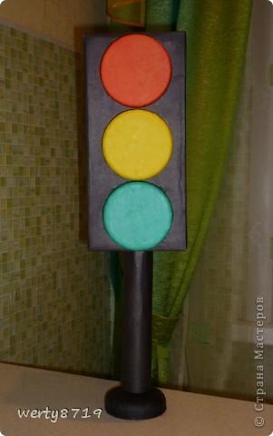 Светофор из картона своими руками фото