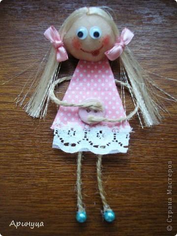Вот такая смешнючая девчушка родилась вчера!!!!увидела в стране мастеров и тоже захотелось смастерить,к сожалению не могу вспомнить у кого,так что девчата не обижайтесь))) фото 2