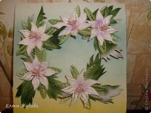 здравствуйте, дорогие мои! я опять к вам с квиллингом, если еще не надоела... сегодня -простые белые цветы, даже не знаю, что за цветы фото 2