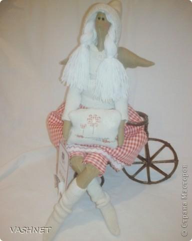 Белая и пушистая- мой ангел мягкой подушки Нина, воплощение домашнего уюта, комфорта и ласковой неги.... фото 1