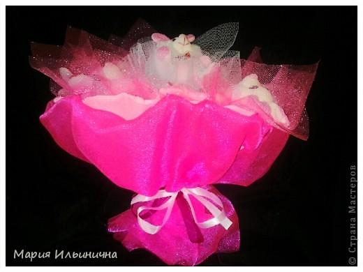розовый букетик из 9 зайцев фото 2
