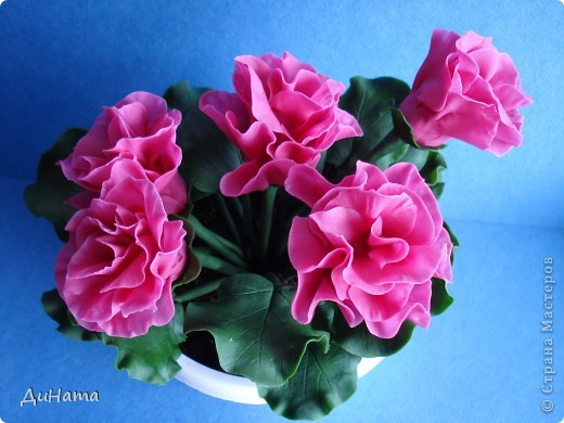 """слепились у меня вот такие цветочки,на что они похожи и не придумаю,единственное,что приходит на ум - """"азалия"""". В общем цветочки спонтанно-фантазийные и не так важно что именно за """"порода"""" у них,главное,чтобы нравились))) фото 2"""