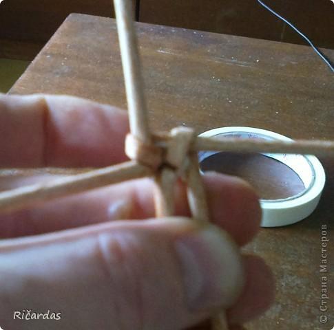 Здравстуйте!!! Как то случайно пообещал показать способ послойного плетения, переход двумя трубочками и вот приходиться сдерживать слово... Сразу хочу извиниться за не очень качественные фото, но есть как есть... фото 32