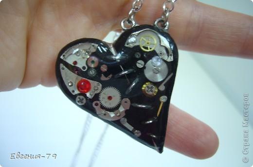 Украшение Кулон-сердце в стиле стим-панк Материал бросовый Пластика фото 2.